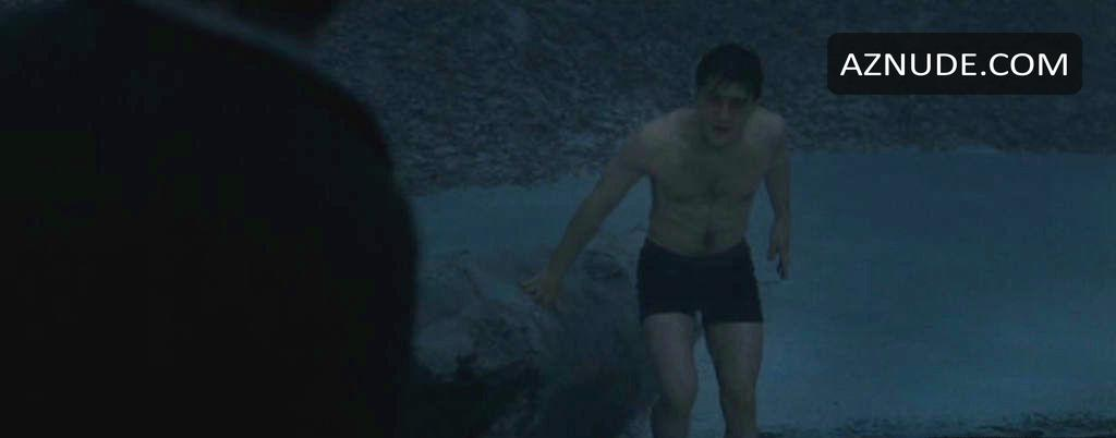 Daniel Radcliffe Nude And Sexy Photo Collection - Aznude Men-7180