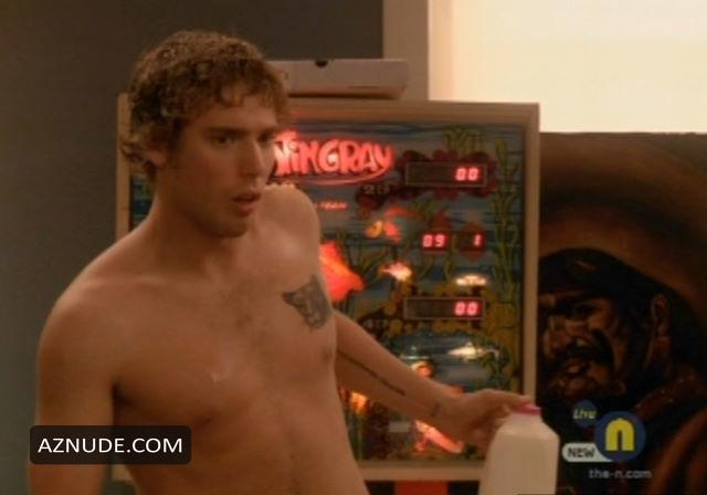 Dustin Milligan Naked