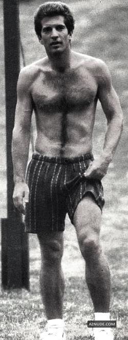 Topless John Kennedy Jr Naked Pictures