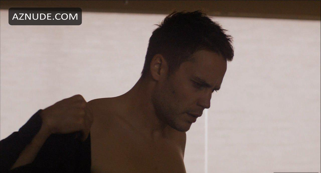 Taylor kitsch nude