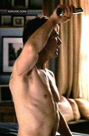 Hots Tom Crise Nude Scenes
