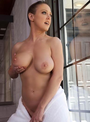 Dee Williams Nackt