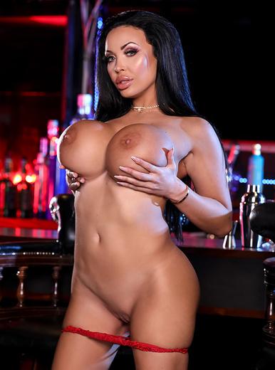 Doll nackt Anastasia  AnastasiaDate offers