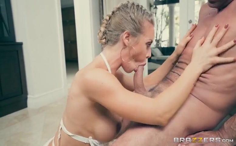 Monique Alexander in Brazzers House 2: Day 3