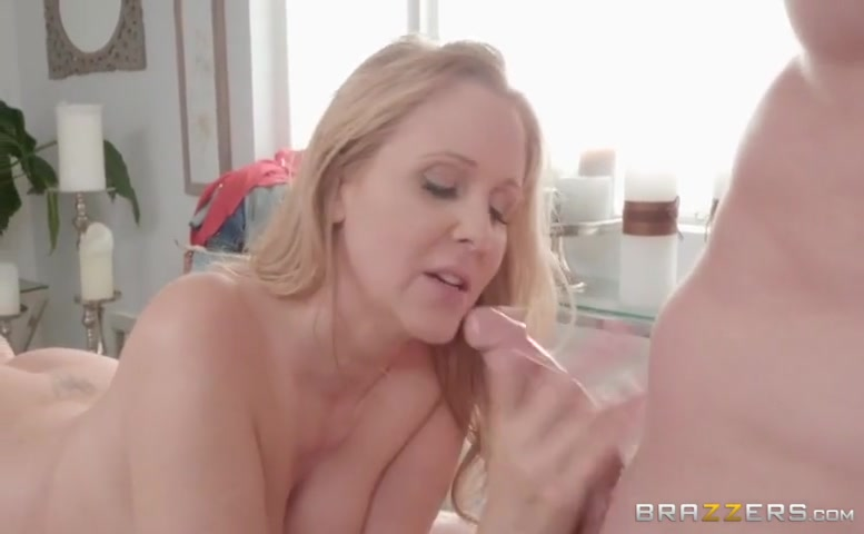 Julia Ann in Pussy Pressure Points