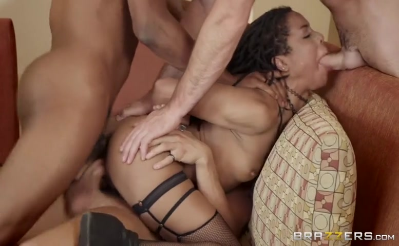 Lena Paul in Brazzers House 3: Episode 2