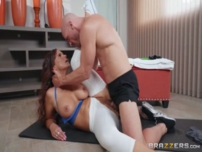 SYREN DE MER NUDE/SEXY SCENE IN RESISTANCE BAND BONING