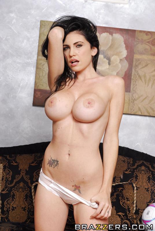 emmanuelle london nude