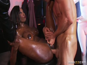 DIAMOND JACKSON in RUB DOWN DIAMOND(2013)