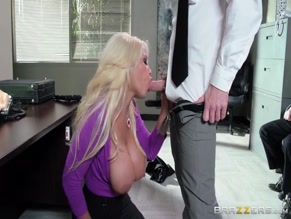 BRIDGETTE B NUDE/SEXY SCENE IN TITTY HEIST I: THIS IS A HOLD UP