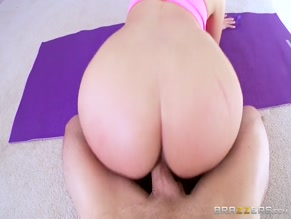 ALLIE HAZE NUDE/SEXY SCENE IN ALLIE'S PERSONAL WORKOUT