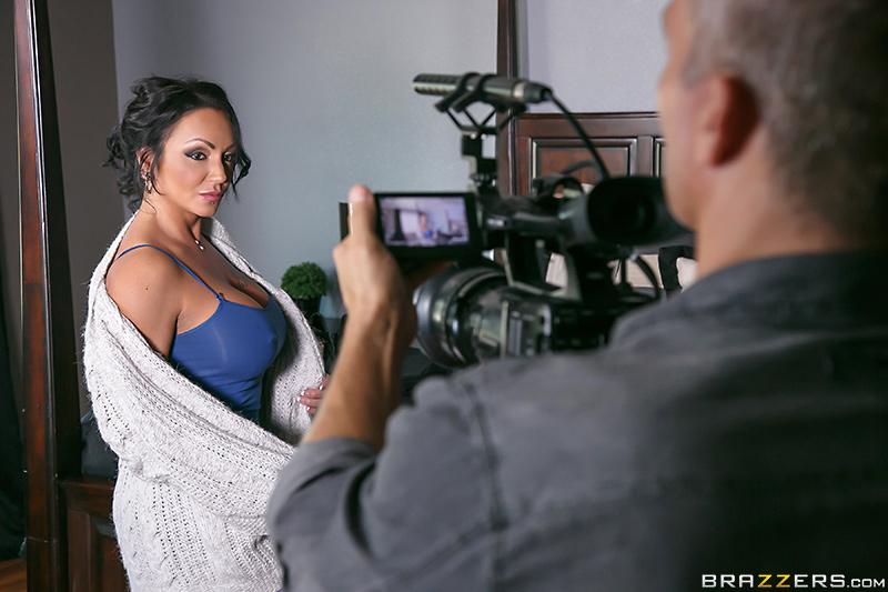 Skinny natural mature big boobs