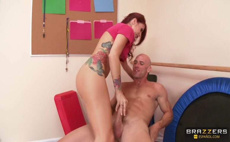 Monique Alexander in Campamento Para Gordos: Perdiendo Peso Para Coger A Monique